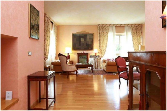 Foto 12 di Villa strada Ronchi ai Cunioli Alti  63/1, Moncalieri