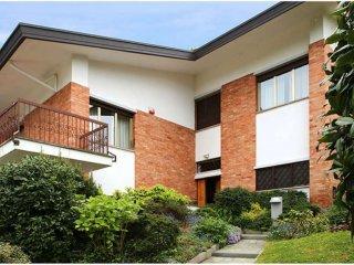 Foto 1 di Villa Bifamiliare strada Ronchi ai Cunioli Alti  63/1, Moncalieri
