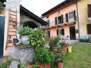 Foto 1 di Casa indipendente Odalengo Grande