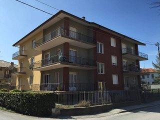 Foto 1 di Palazzo / Stabile Dronero