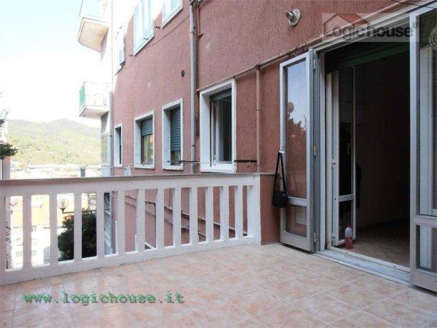 Foto 4 di Trilocale via pippo garibaldi, Savona