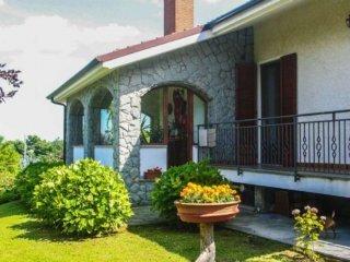 Foto 1 di Villa via Viretto 16, Montafia