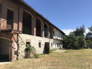 Foto 1 di Rustico / Casale via Motta Sanctus, frazione Riva Di Pinerolo, Pinerolo