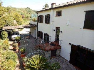 Foto 1 di Casa indipendente frazione Castrocaro Terme, Castrocaro Terme