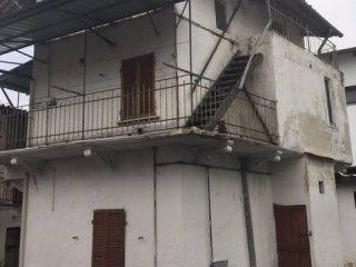 Foto 1 di Casa indipendente via A. D'Andrade 17, Pavone Canavese