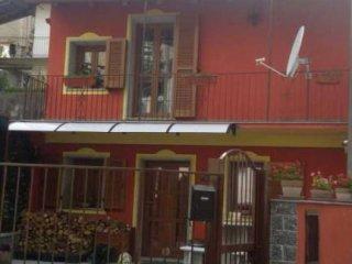Foto 1 di Villetta a schiera via Vessati, 19, Quarna Sotto