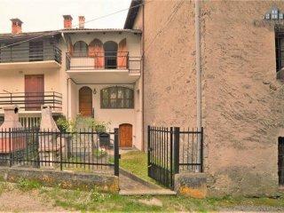Foto 1 di Casa indipendente via Vittorio Emanuele II 13, Trausella