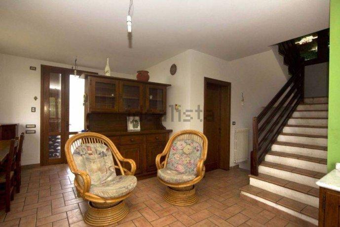 Foto 6 di Villa via Emilia Romagna, Savignano Sul Panaro