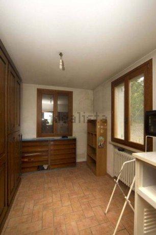 Foto 7 di Villa via Emilia Romagna, Savignano Sul Panaro