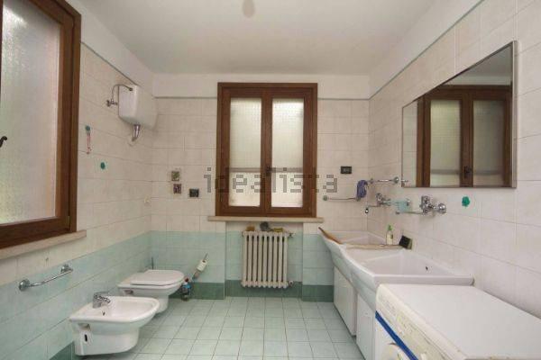 Foto 8 di Villa via Emilia Romagna, Savignano Sul Panaro