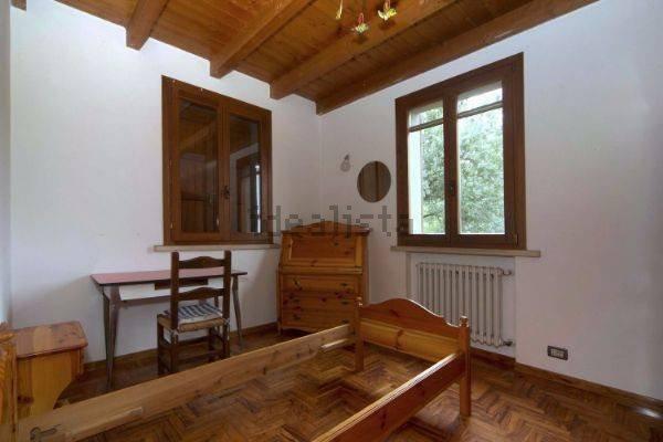 Foto 11 di Villa via Emilia Romagna, Savignano Sul Panaro