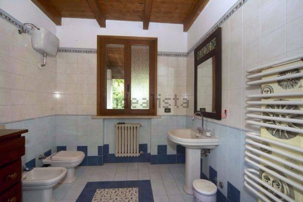 Foto 14 di Villa via Emilia Romagna, Savignano Sul Panaro