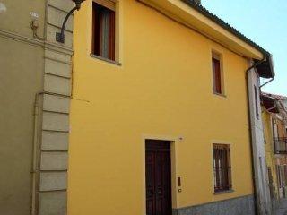 Foto 1 di Casa indipendente Viarigi