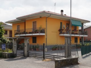 Foto 1 di Villa Via Vottignasco, 14, Villafalletto