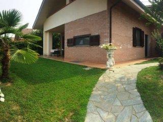 Foto 1 di Villa viale Boscoverde, Rivarossa