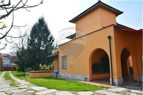 Foto 19 di Villa viale della Repubblica, 88, Valenza