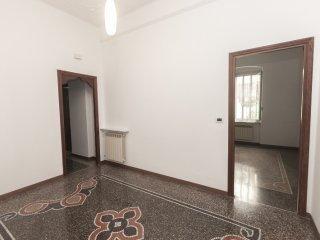 Foto 1 di Appartamento Via Chiaravagna , Genova (zona Sestri Ponente)