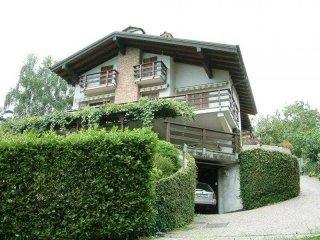 Foto 1 di Villa corso Roma, 12-14,  Arizzano