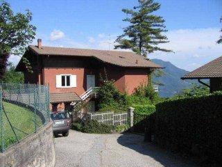 Foto 1 di Villa via Castello, 53,  Arizzano