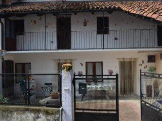 Foto 1 di Rustico / Casale Borgata Giacone, Giaveno