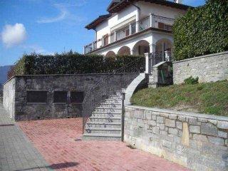Foto 1 di Trilocale  Arizzano