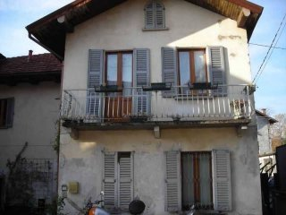 Foto 1 di Villetta a schiera  Arizzano