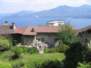Foto 1 di Villetta a schiera Oggebbio