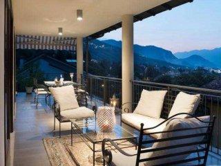 Foto 1 di Villa Stresa