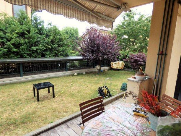 Borgo S.D. ampio piano terra con giardino privato