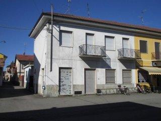 Foto 1 di Casa indipendente via Galileo Ferraris 67, Tronzano Vercellese