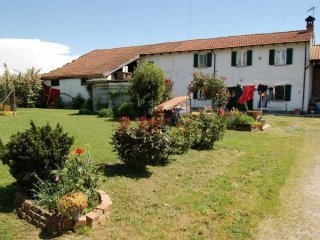 Foto 1 di Casa indipendente strada trinità da lungi, Castellazzo Bormida