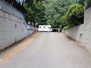 Foto 1 di Box / Garage via Lidice 4, Bologna (zona Mazzini, Fossolo, Savena)