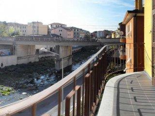 Foto 1 di Appartamento via MONTEGRAPPA, Varazze