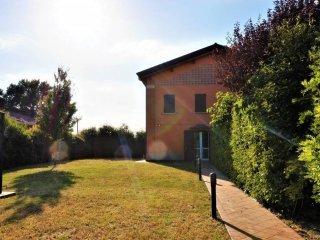 Foto 1 di Villa via Calamosco, Bologna