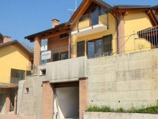 Foto 1 di Villa via Malatrait 1, Almese