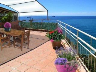 Foto 1 di Appartamento via ROMANA DI VOLTRI, Genova (zona Vesima)