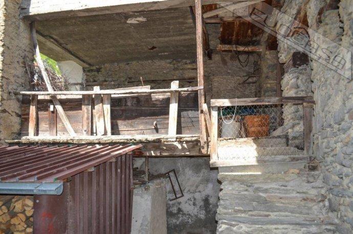 Foto 9 di Rustico / Casale Frazione Castel del Bosco 118, Roure