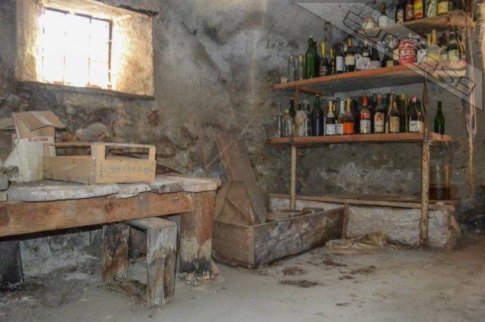 Foto 10 di Rustico / Casale Frazione Castel del Bosco 118, Roure