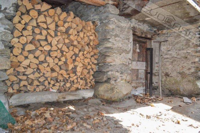 Foto 17 di Rustico / Casale Frazione Castel del Bosco 118, Roure