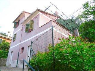 Foto 1 di Villa via du Casà, frazione San Salvatore, Cogorno