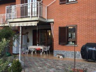 Foto 1 di Casa indipendente via lanzo 0, La Cassa