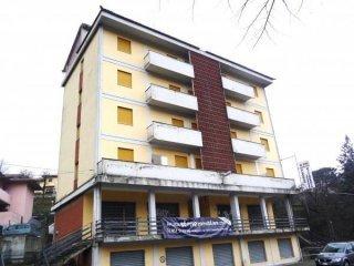 Foto 1 di Palazzo / Stabile via Nazionale,  Alto Reno Terme