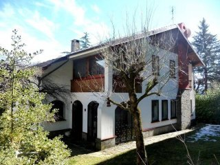 Foto 1 di Villa via Villaggio Nuovo, frazione Vidiciatico, Lizzano In Belvedere