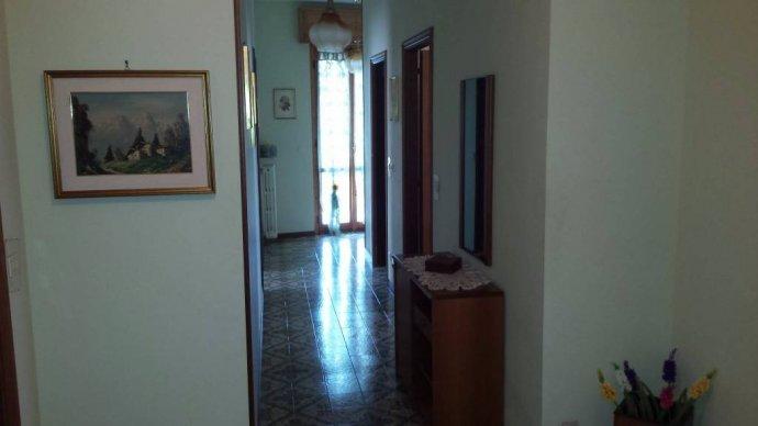 Foto 5 di Villa Borgo Superiore Lussito 29, frazione Lussito, Acqui Terme