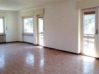 Foto 1 di Appartamento via Monsignor Alliod, Saint Vincent