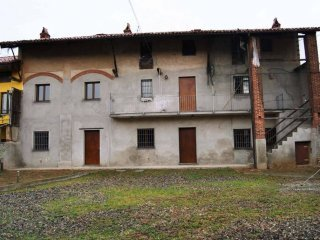 Foto 1 di Casa indipendente Mercenasco