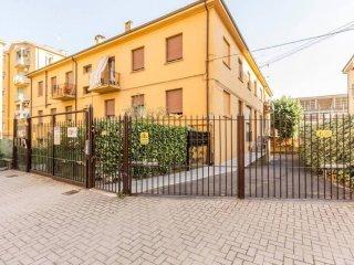 Foto 1 di Bilocale via Bruno Monterumici, Bologna (zona Saffi)