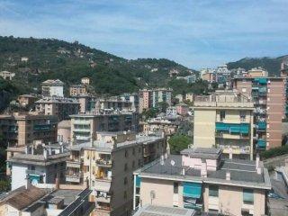 Foto 1 di Trilocale via Stefanina Moro, Genova (zona S.Fruttuoso-Borgoratti-S.Martino)