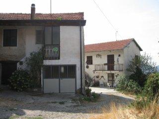 Foto 1 di Casa indipendente Via Figino Volpara 37, frazione Figino, Albera Ligure