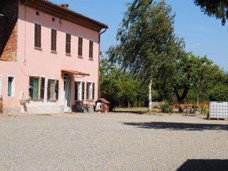 Foto 1 di Rustico / Casale via Maestra 13, frazione Villa Del Foro, Alessandria